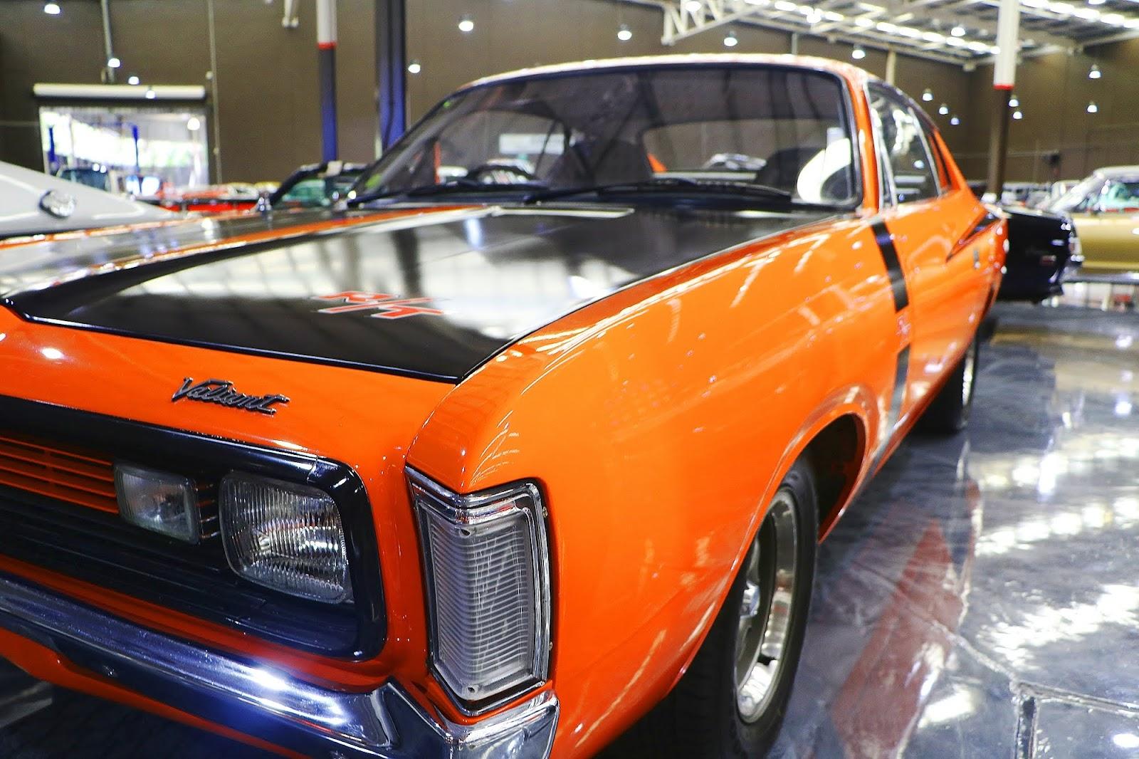 1972 Chrysler Charger RT (04).jpg