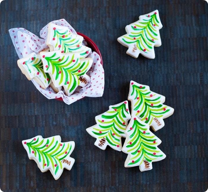 """""""painted"""" christmas tree cookies"""