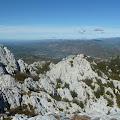 pogled prema gračačkoj visoravni i jezeru Štikada, gornjem akumulacijskom jezeru hidroelektrane Velebit