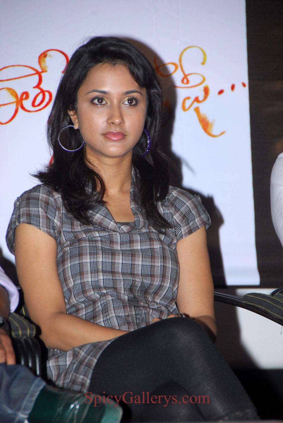 Suma Bhattacharya Suma Bhattacharya new foto
