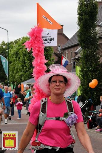 Vierdaagse van Nijmegen door Cuijk 20-07-2012 (20).JPG