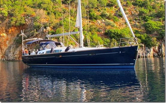 Benateau 50 at anchor main pic