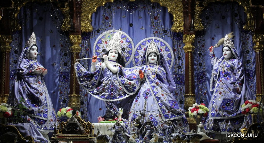 ISKCON Juhu Mangal Deity Darshan on 29th Sep 2016 (14)