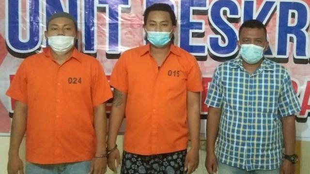 Tersinggung Ditatap, 2 Pria di Medan Hajar Seorang Polisi