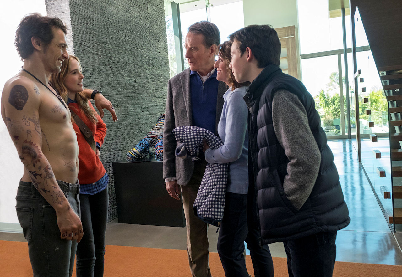 (L-r) James Franco, Zoey Deutch, Bryan Cranston, Megan Mullally and Griffin Gluck in WHY HIM?. (Photo by Scott Garfield / courtesy of 20th Century Fox).