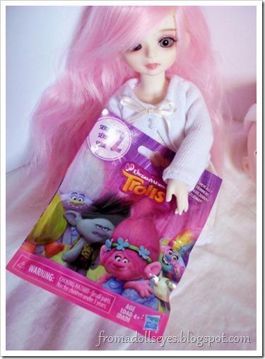 Dolls and blind bag toys. Trolls!