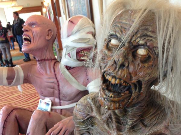 soska sisters jen soska sylvia soska crypticon seattle horror convention skullface astronaut joe sherlock