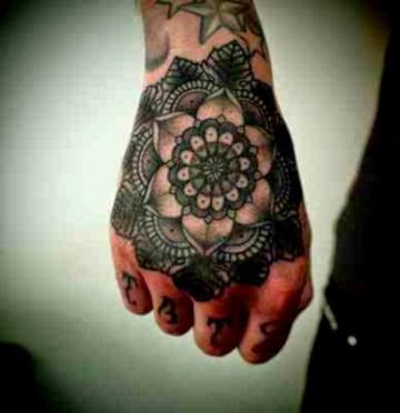 Free Hand Tattoos Best in 2015
