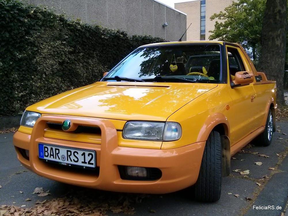 Sportliches Profil Maxxis Pro R1 195/50 R15 86V auf Škoda Felicia FUN