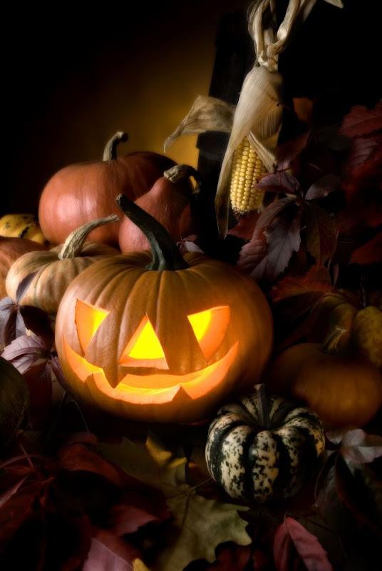 Happy Halloween 33, Halloween