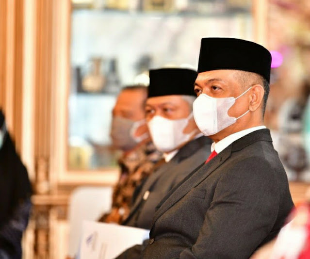 Gubernur Nurdin Abdullah Kukuhkan Husain Djunaid Jadi Komisaris Utama PT Jamkrida Sulsel