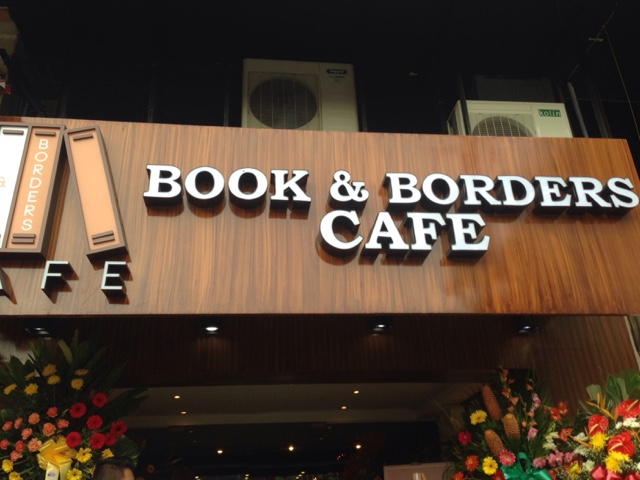 Book And Borders Cafe Opens Doors To Coffee and Book Lovers!