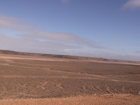 Marrocos e Mauritãnia a Queimar Pneu e Gasolina - Página 9 DSCF1048