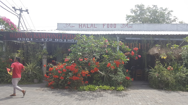 Ayam Pedas Bali di Warung Kampung Pedas