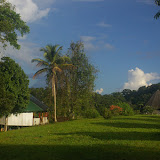 Les carbets de Saut Athanase sur l'Approuague (Guyane). 20 novembre 2011. Photo : J.-M. Gayman
