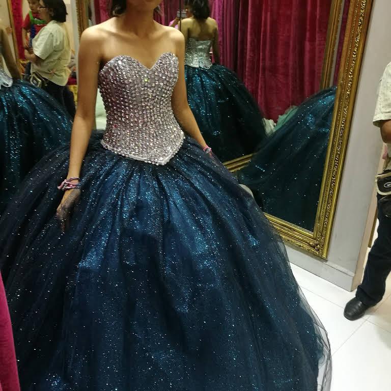 7af36fd61 Sandy Vestidos XV años - Tienda De Vestidos en Mexico City
