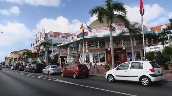 Aruba Shopping Street 001