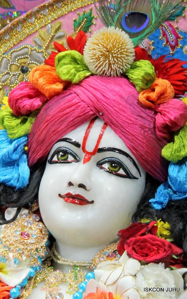 ISKCON Juhu Sringar Deity Darshan 10 Apr 16 (40)