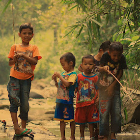 Fishing With Friends by Deddy Setiawan - Babies & Children Children Candids