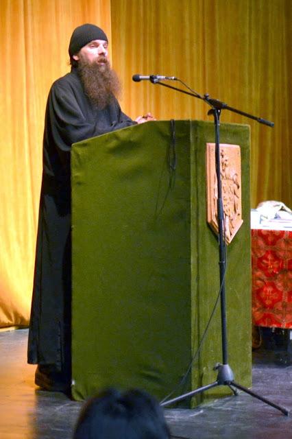 061 Avva Justin Parvu si Sfintii inchisorilor (Teatrul Luceafarul, Iasi, 2014.03.19)