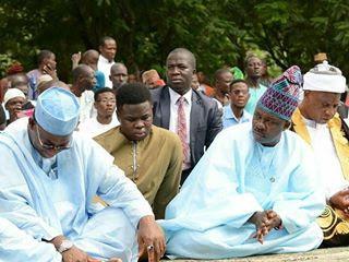 Ogun State Governor, Ibikunle Amosun Spotted At Lantoro Muslim Prayer Ground To Mark End Of Ramadan