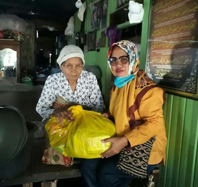 Isnawati, Satu-satunya Perempuan Calon Kades Sungai Tabuk Keramat