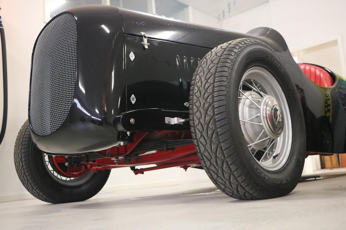 Carl_Lindner_Collection - 1936 Ford V8 Special - Black Bess 12.jpg