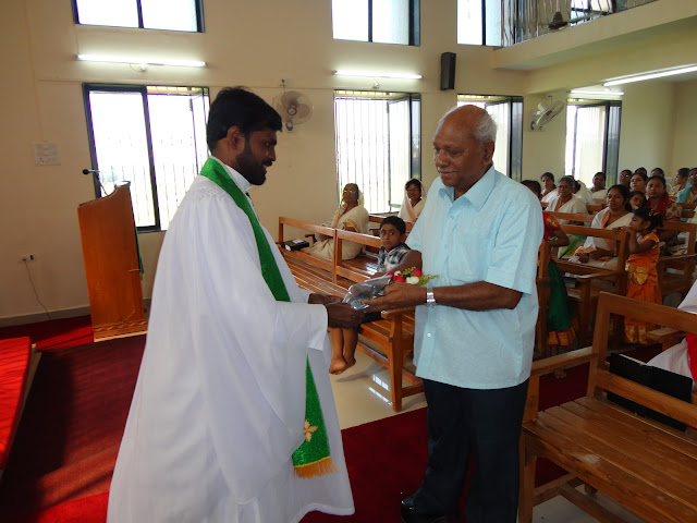 HONORING SENIOR CITIZENS ON SENIOR CITIZEN SUNDAY 30.09.12 (2012) - HIC%2BONAM%2B2%2B070.JPG