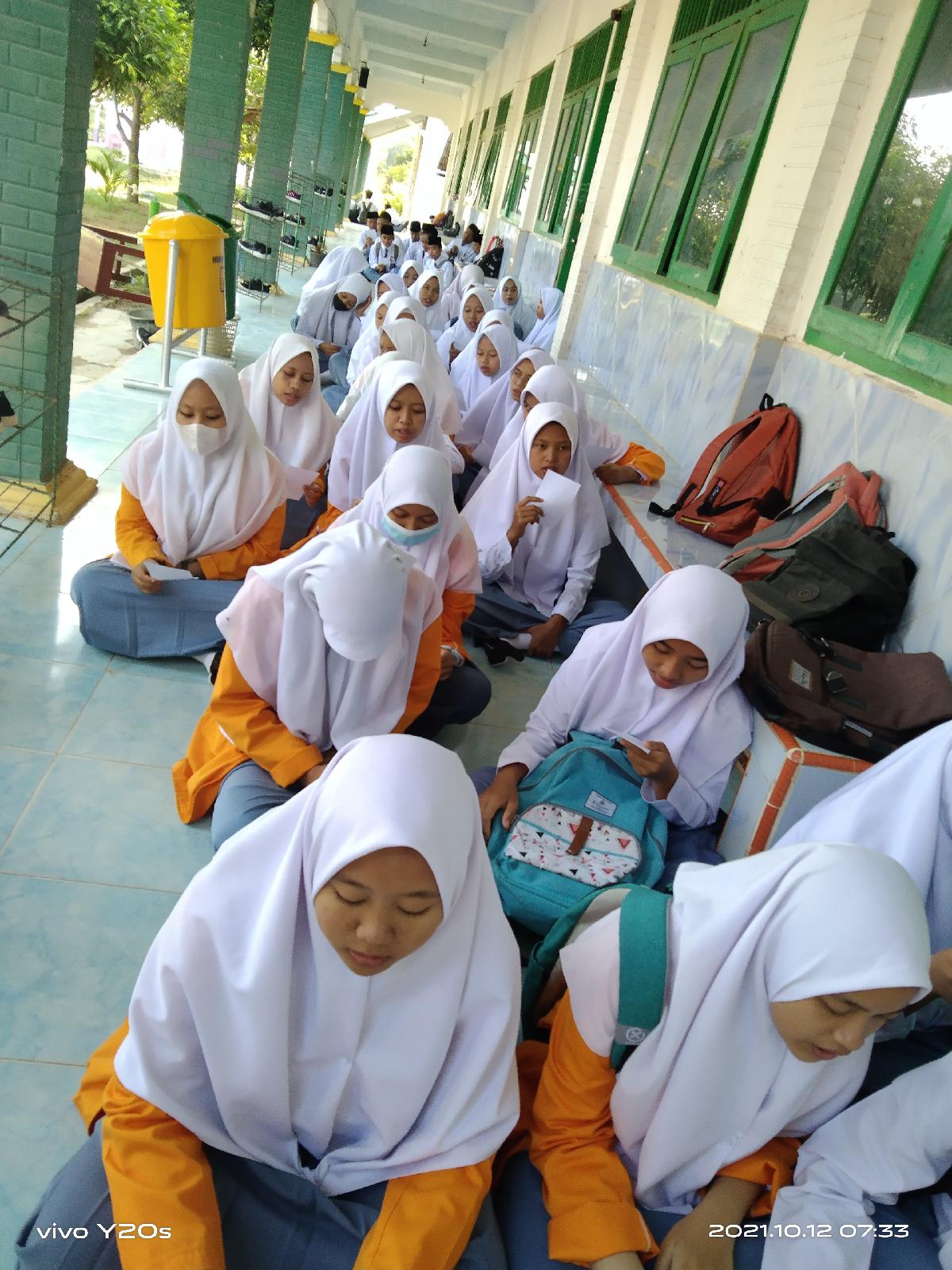 SMA Darusy syafaah Sekolah Berbasis Pesantren