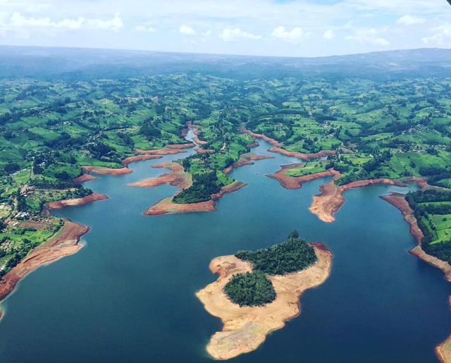 Aerial view of Nairobi's Ndakaini reservoir in January 2017 - the water levels were already low then. Photo: B Bidder / The Guardian
