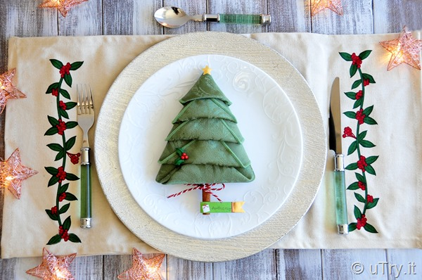 How to Fold Christmas Tree Napkins – A Festive Holiday Tablescape and Place Card Idea   http://uTry.it