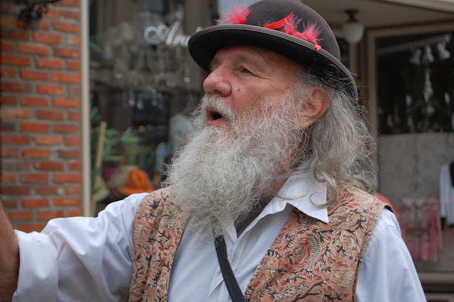 Dirty Dan (portrayed by Jim Roth) giving a guided walking tour of Historic Fairhaven.  Credit: Bellingham Whatcom County Tourism