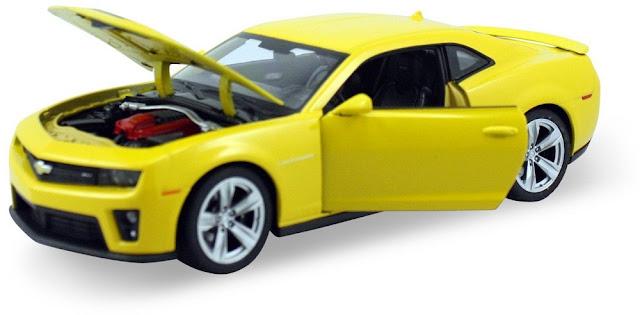 Mô hình Chevrolet Camaro ZLI Welly tỷ lệ 1/24 mở được cánh cửa và nắp cốp