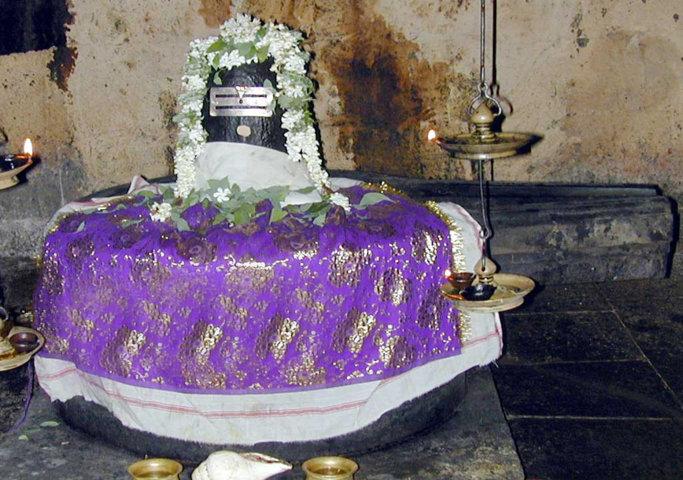 Sri Masilamani Eswarar Temple, Thiruvavaduthurai, Mayiladuthurai - 275 Shiva Temples