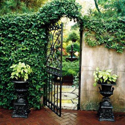 Redbrickbuilding roof garden inspiration for Garden inspiration