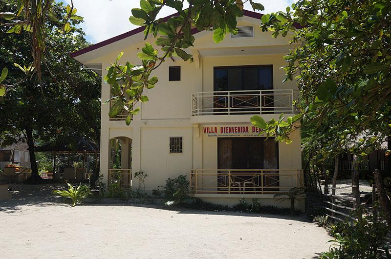 Villa Bienvenida Beach Resort