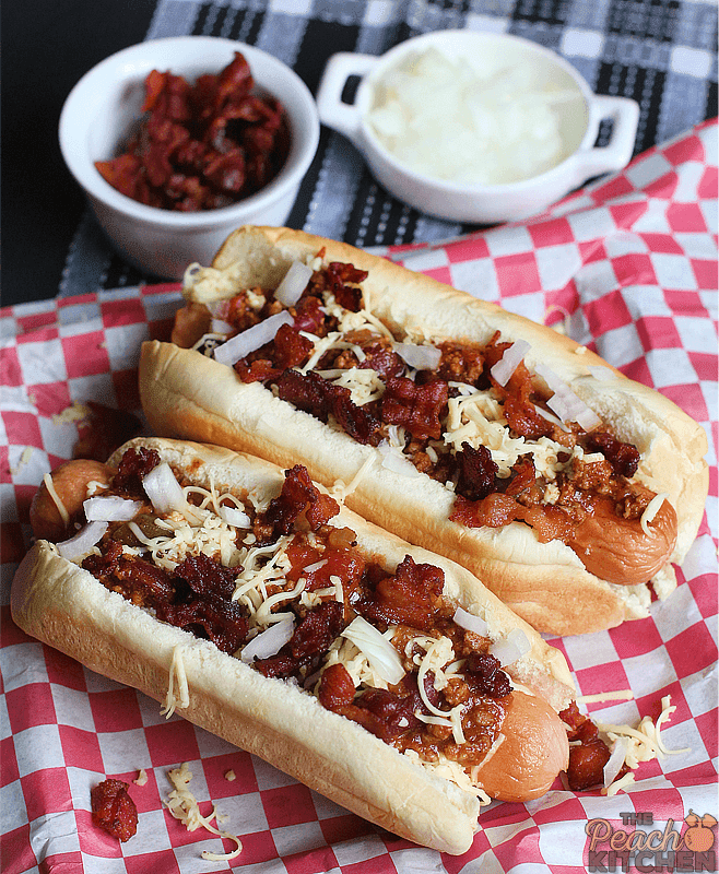 CDO Bacon Chili Dog + CDO's 40th Anniversary Promo