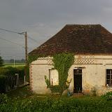 Ancien pavillon de chasse du XVIIIe siècle. Les Hautes-Lisières (Rouvres, 28), 8 mai 2011. Photo : J.-M. Gayman