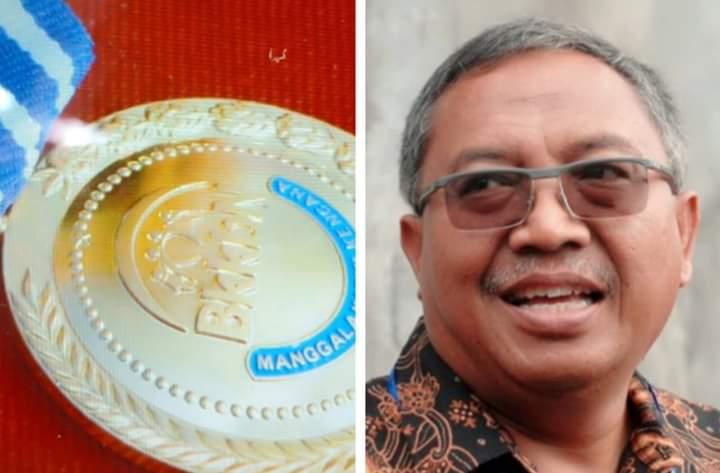 Puan Maharani Anugerahi Marwan Hamami Manggala Karya Kencana
