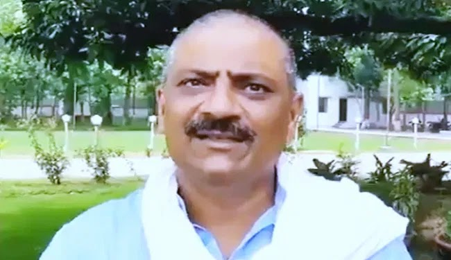 JDU नेता ने तेजस्वी पर किया पलटवार, कहा- ''पूछ रहा है पूरा बिहार, कहां गायब हो जाते हो 'राजकुमार'?