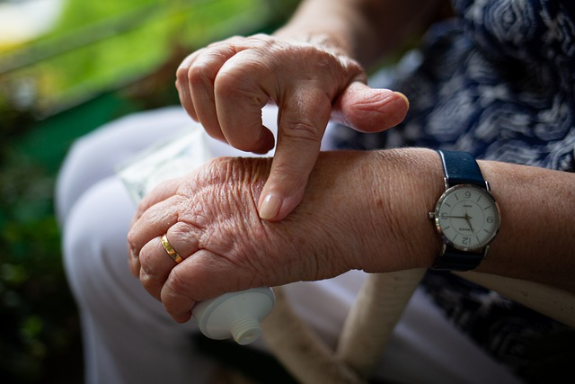 What is Rheumatoid Arthritis? - It's Important to Know Its Causes & Symptoms