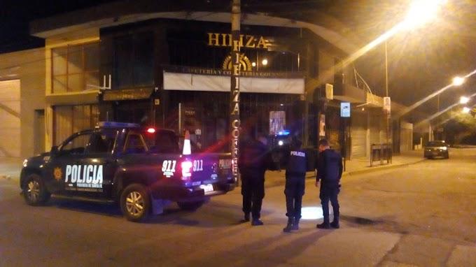 Balearon el bar de J.D.Peron y Pablo Iglesias