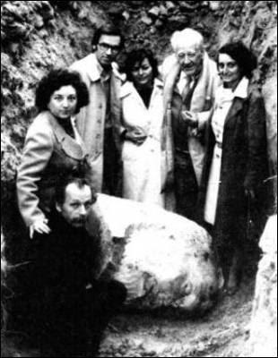 O busto indestrutível de Pablo Iglesias
