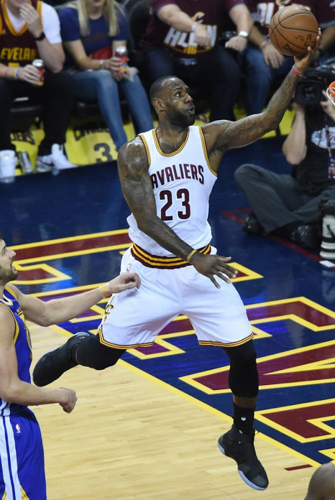 38607ccebc06b ... LBJ Leads Cavs to Game 3 Win And Debuts Nike Soldier 10s ...