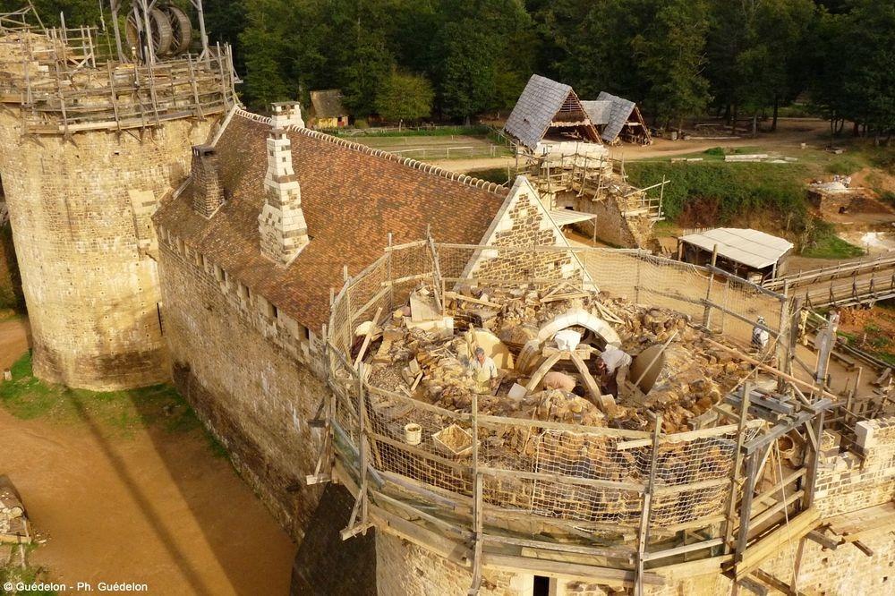 Guédelon Castle: France's Brand New Medieval Castle ...