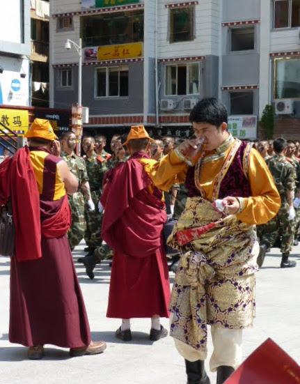 CHINE SICHUAN.KANDING , MO XI, et retour à KANDING fête du PCC - 1sichuan%2B1866.JPG