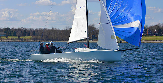 J/70 speedster sailing under spinnaker