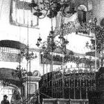 011 - Iнтер'єр синагоги 'Золота роза' (1582 р.  зруйнована у в 41р.)  Рис.Р.Бернта, 1890 р..jpg