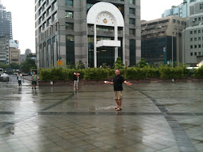 I'm singing after rain in Taipei