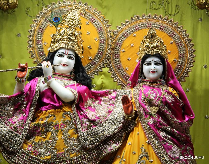 ISKCON Juhu Mangal Deity Darshan 05 Mar 2016 (16)